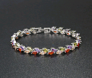 Single Multicolor Leaf Bracelet