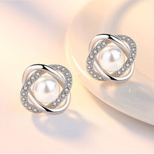Load image into Gallery viewer, Pearl Twist Earrings