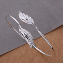Load image into Gallery viewer, Silver Double Leaf Bangle