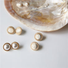 Load image into Gallery viewer, Vintage Marble Opal Earring