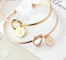 Load image into Gallery viewer, Personalised Knot Initial Bangle