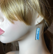 Load image into Gallery viewer, Vintage Retro Drop Earrings