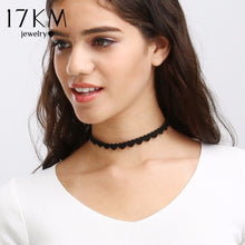 Load image into Gallery viewer, Black Velvet Skull Choker Necklace