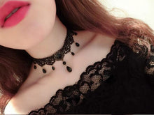 Load image into Gallery viewer, Black Velvet Country Bijoux Choker
