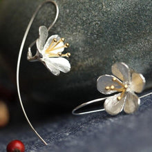 Load image into Gallery viewer, Sterling Silver Flower Tassel Earrings
