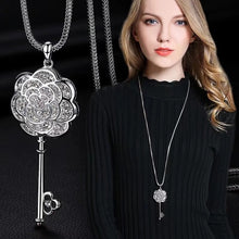 Load image into Gallery viewer, Retro Pendant Necklaces