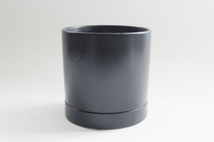 Matte Black Flush with Tray - Pot / Planter