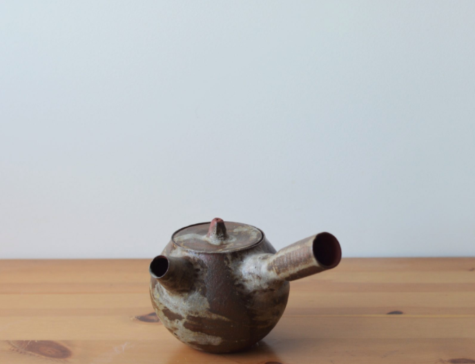 Mono-no-aware teapot