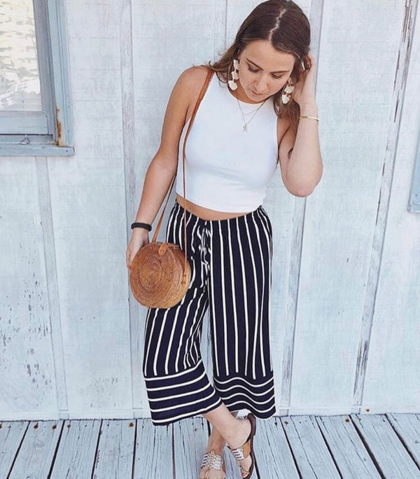 Olive & Oak - Navy Drawstring Waistband Crop Pant