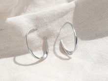 Load image into Gallery viewer, The Wave Earrings | Silver