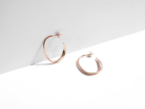 The Wave Earrings | Rose Gold