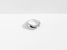 Load image into Gallery viewer, Flow Ring | Silver