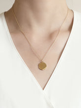 Load image into Gallery viewer, Disc Necklace |  Gold