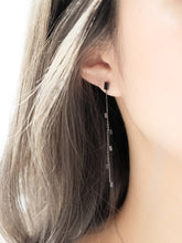 Mini Rectangle Earrings | Grey