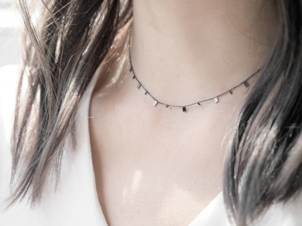 Mini Rectangles Necklace |  Grey