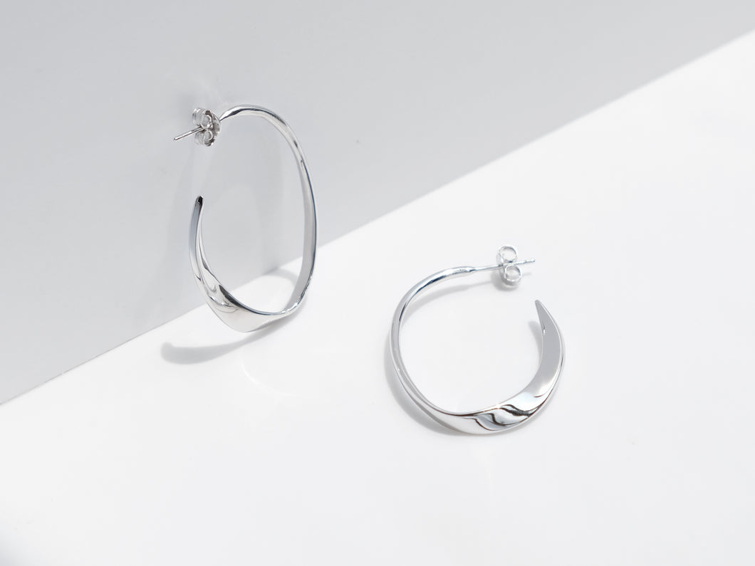 The Wave Earrings | Silver