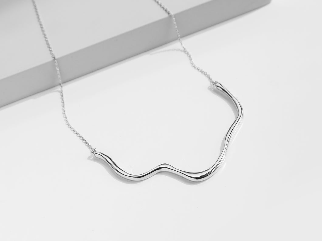 The Wave Necklace | Silver