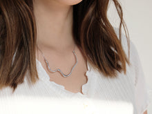 Load image into Gallery viewer, The Wave Necklace | Silver