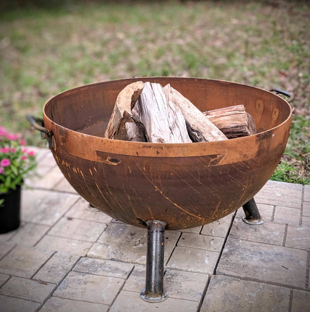 "30"" Hemisphere Heavy Duty Fire Pit - Evergreen Patio"