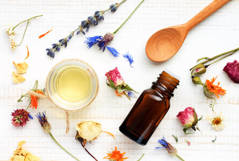 7 Non Comedogenic Oils to Treat Every Skin Woe Including Acne