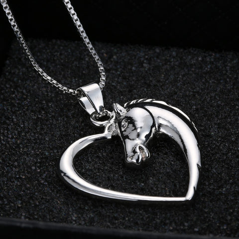 silver-horse-necklace-pendant