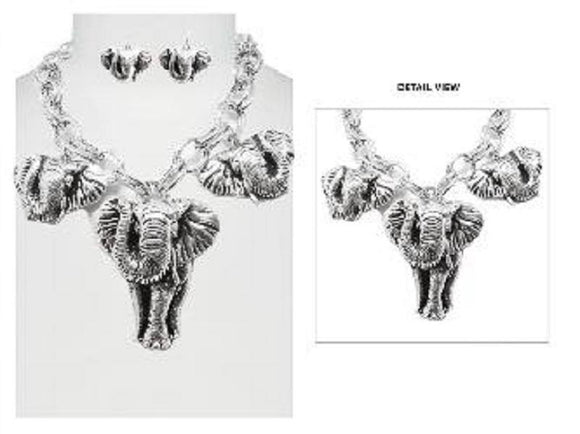 CHUNKY SILVER ELEPHANT NECKLACE ( 6526 )
