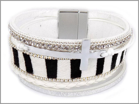 WHITE LEATHER BRACELET WITH SILVER CROSS MAGNETIC ( 5403 )