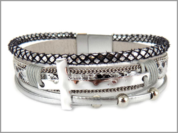 CROSS AND SNAKE LEATHER MAGNETIC BRACELET ( 5470 )