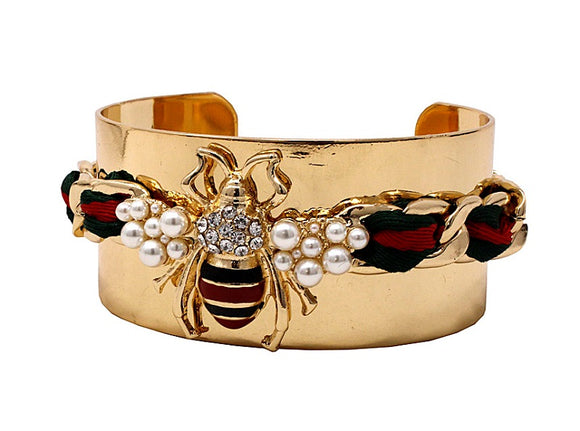 GOLD GREEN RED CUFF BANGLE BEE CLEAR STONES CREAM PEARLS ( 2069 GDMT )