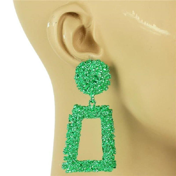 GREEN METAL SQUARE DANGLING EARRING ( 7153 )