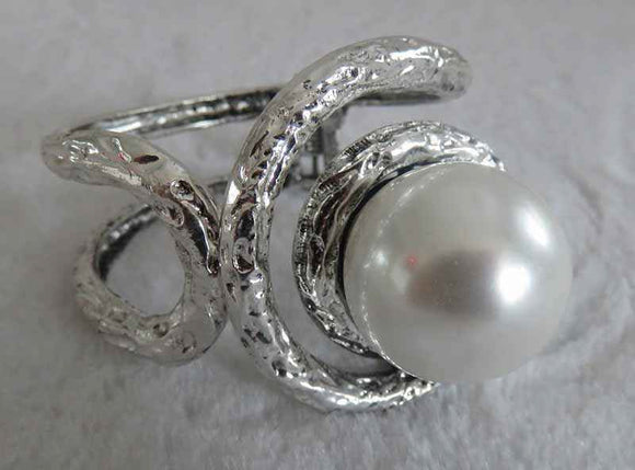 SILVER BANGLE WITH WHITE PEARL ( 722 )