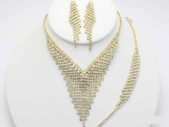 GOLD CLEAR NECKLACE WITH MATCHING EARRINGS AND BRACELET ( 18818 GCL )