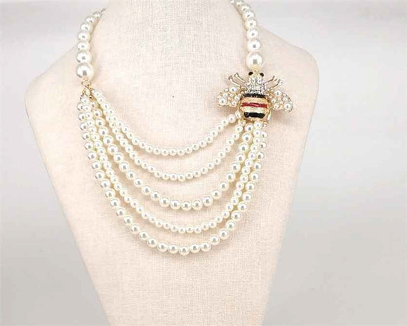 GOLD CREAM PEARL NECKLACE SET BEE ( 1004 )