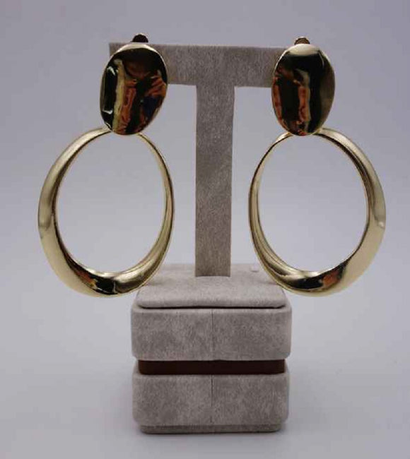 GOLD DANGLING CIRCLE HAMMERED CLIP ON EARRINGS ( 2951 G )