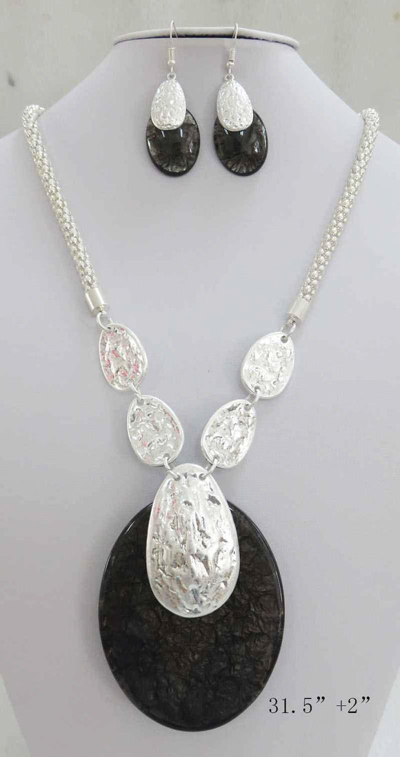 LONG SILVER NECKLACE SET BLACK ACRYLIC PENDANT ( 3707 MSBK ) - Ohmyjewelry.com