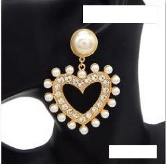 LARGE GOLD HEART EARRINGS CLEAR STONES CREAM PEARLS ( 3068 GDCRM )