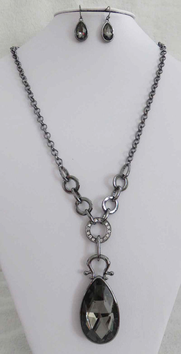 HEMATITE NECKLACE SET BLACK DIAMOND CLEAR STONES ( 3661 BD )