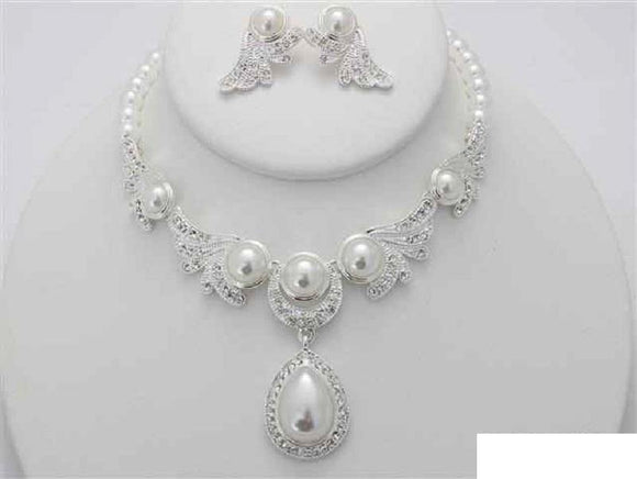 SILVER WHITE PEARL NECKLACE SET CLEAR STONES ( 16280 WT )