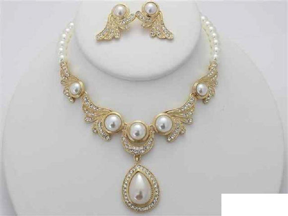 GOLD CREAM PEARL NECKLACE SET CLEAR STONES ( 16280 GCR )