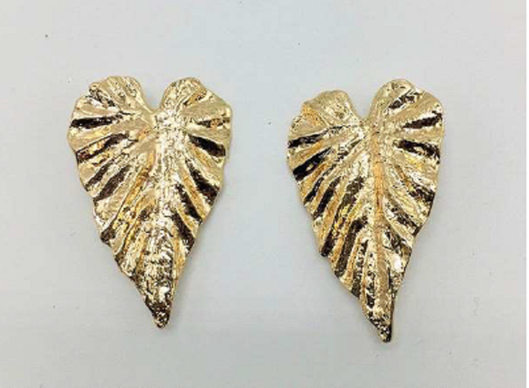 GOLD METAL LEAF CLIP ON EARRINGS ( 045 )