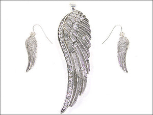 Magnetic Silver Wing with Rhinestones Pendant with Earrings
