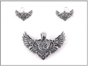 Magnetic Silver Heart with Wings Pendant with Earrings