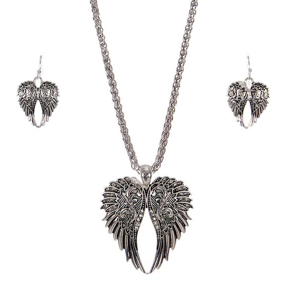 SILVER BRAIDED CHAIN WITH RHINESTONE WING PENDANT AND EARRINGS ( 5375 )