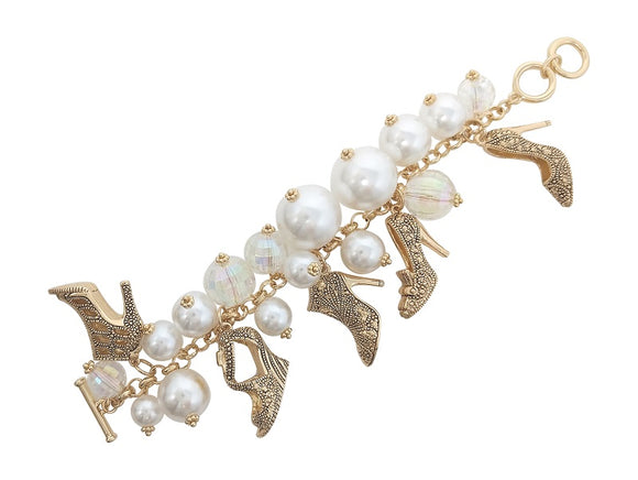 CHUNKY CREAM PEARL GOLD SHOES CHARM BRACELET ( 00756 AGPL )