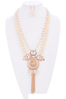 LONG GOLD AND CREAM PEARL NECKLACE SET CLEAR STONES ( 1115 )