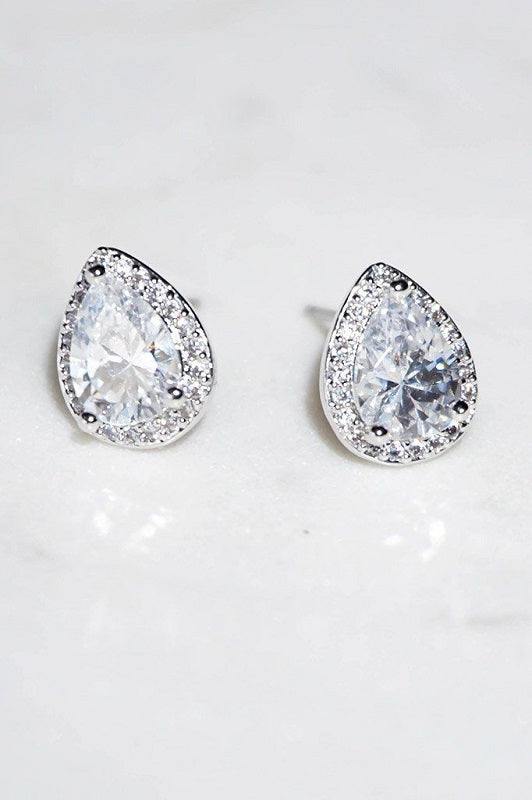 10mm SILVER CLEAR TEARDROP CZ CUBIC ZIRCONIA STUD EARRINGS ( 324 )