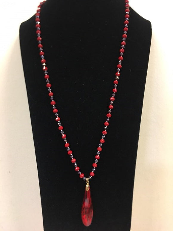 Multi Color Red Glass Beaded Knotted Necklace with Glass Pendant and Earrings ( 1008 )