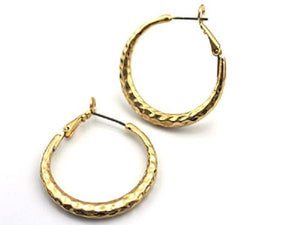 "1 3/4"" Gold Hammered Hoop Earrings - Ohmyjewelry.com"