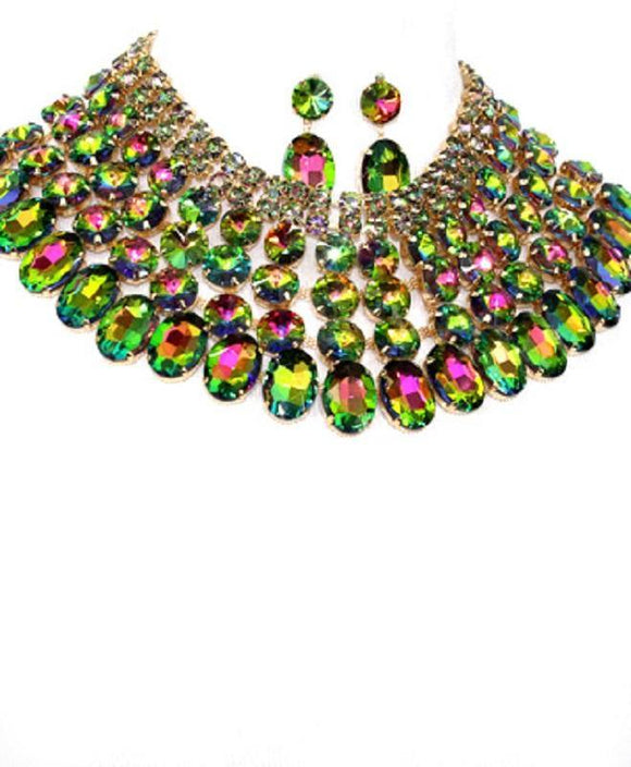 Gold and Large Green Fuchsia Pink Stone Bib Style Evening Necklace Set ( 2062 GDRBAB )