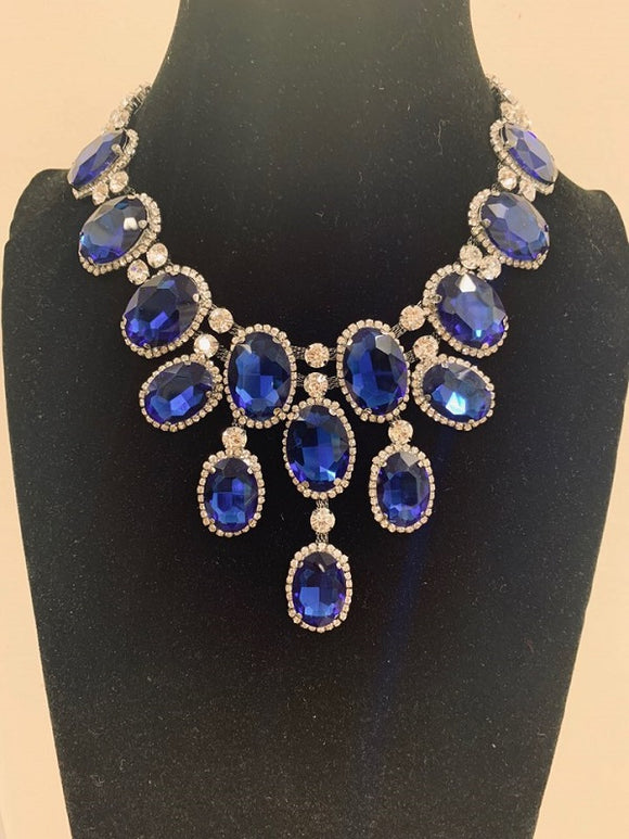 Royal Blue Oval and Clear Drop Stones Formal Necklace Set with Gold Accents ( 2069 )